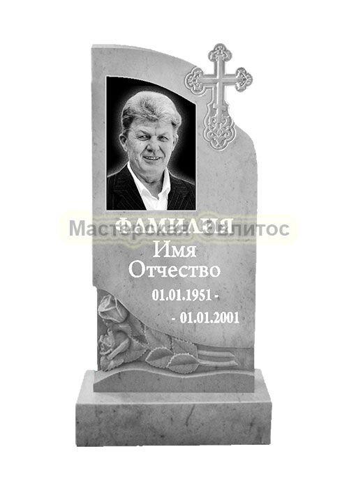 Мраморный памятник с крестом и цветами №50