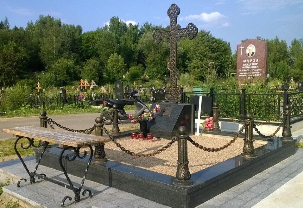 Крест литой КБ